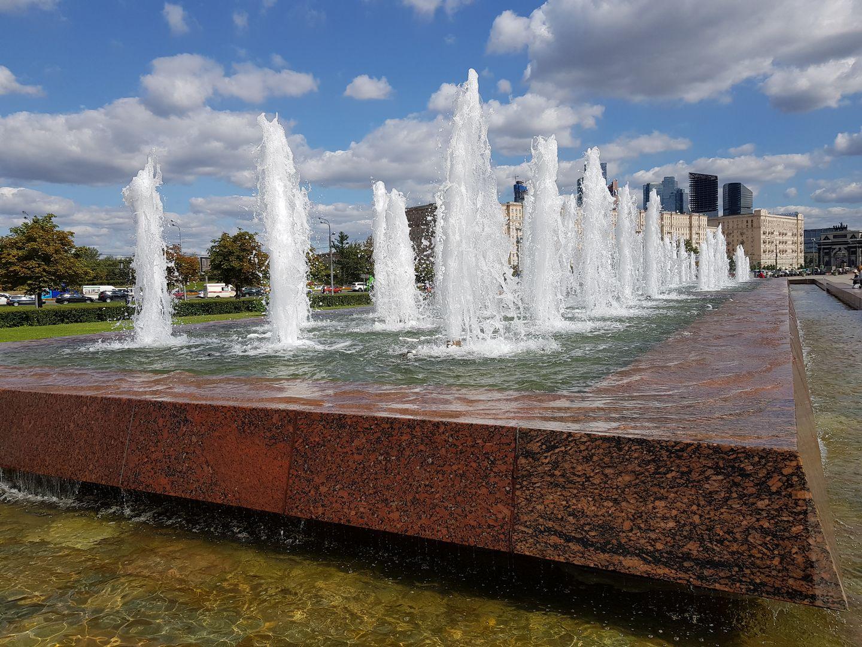 Промывка фонтанов на Поклонной горе