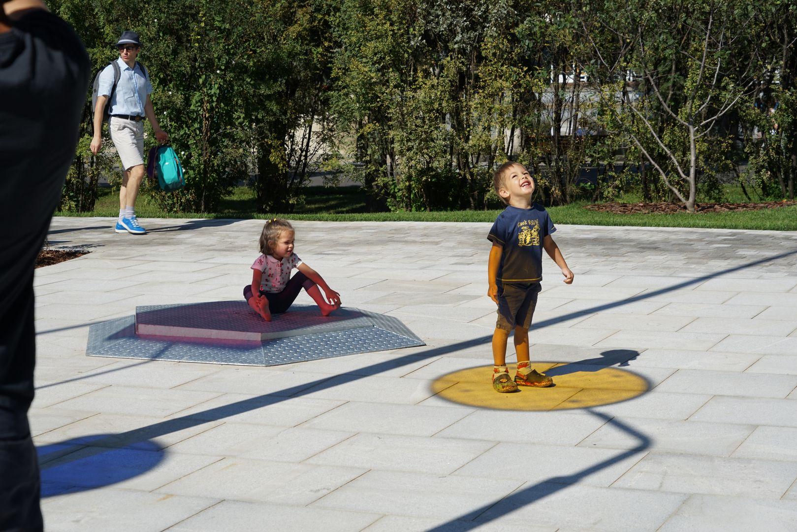 Новая детская площадка «Салют» в парке Горького. Калейдоскоп
