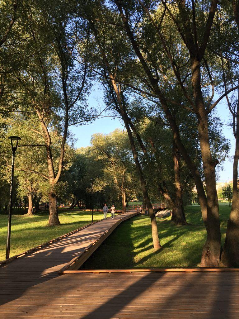 Парк в Южном Бутове