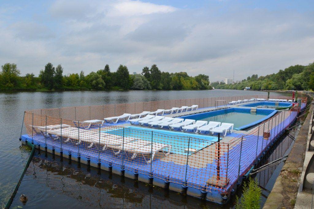 плавучий бассейн