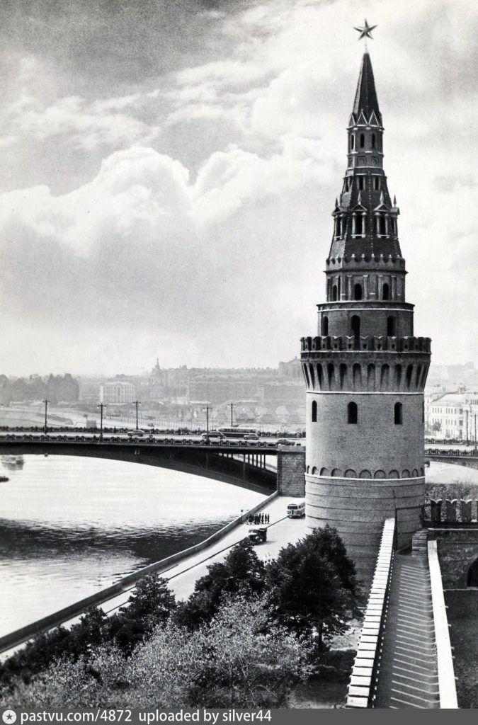 1950—1951 годы Водовзводная башня
