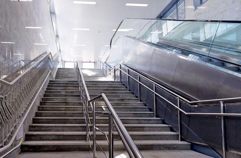лестницы в подземных переходах