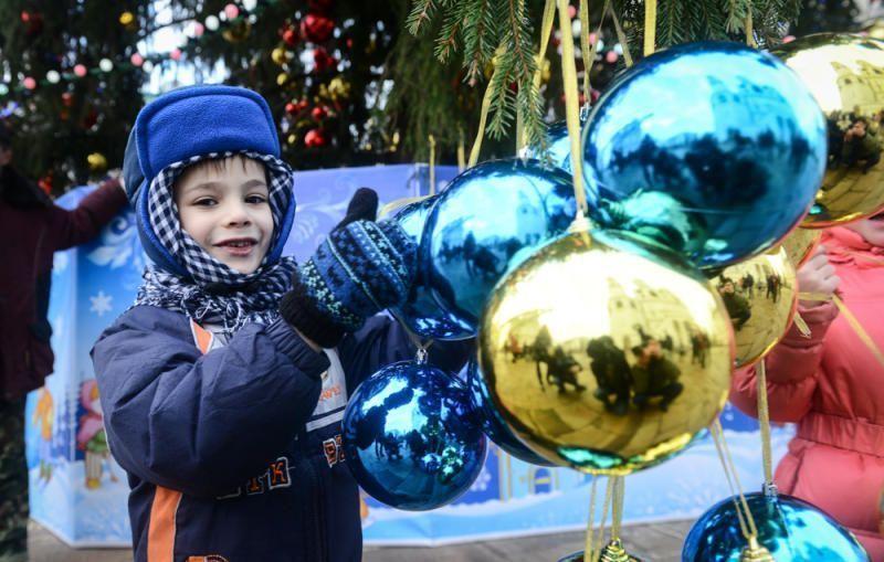 Москва готовится к праздникам