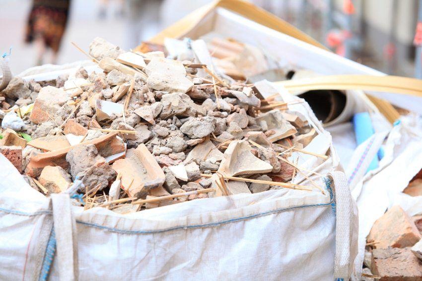 мелкий строительный мусор