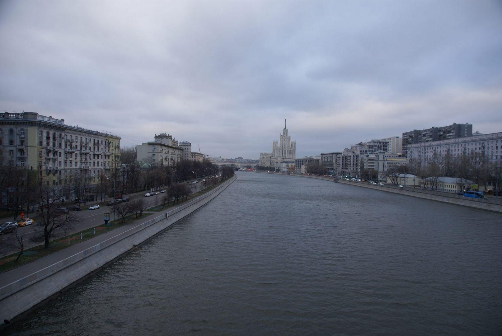 Вид с Краснохолмского моста