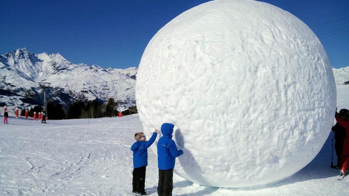 Картинка снежного комка