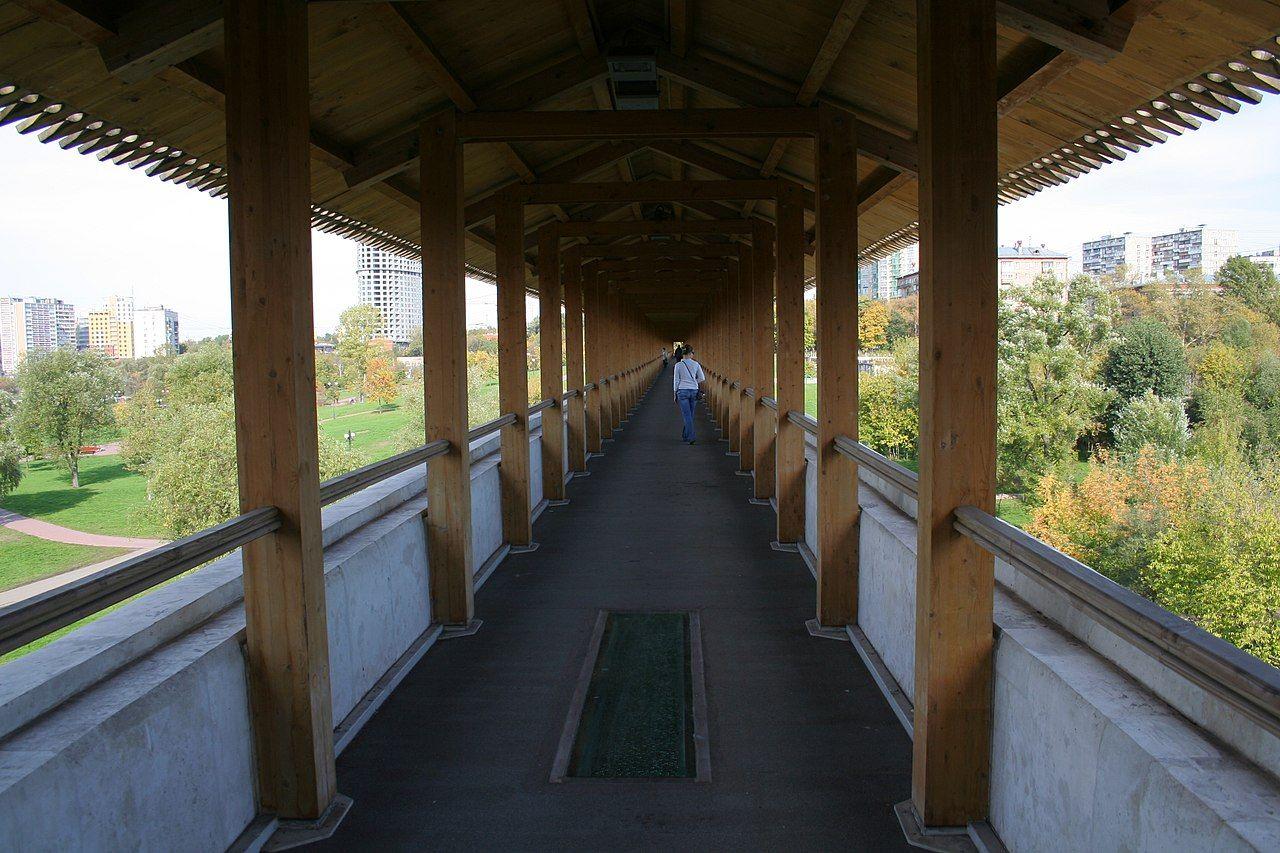 Акведук стал пешеходным