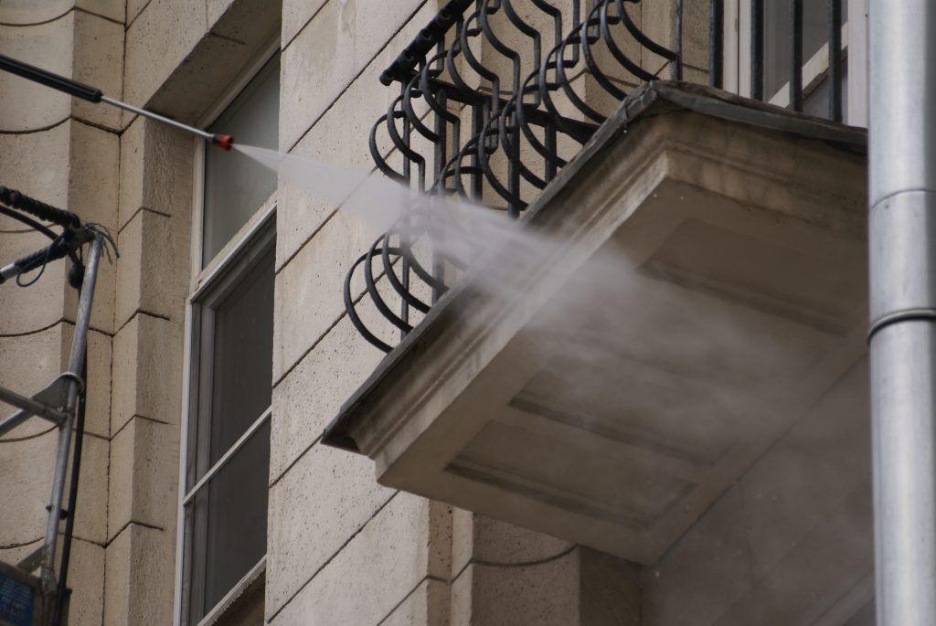 уборка Москвы промывка фасадов