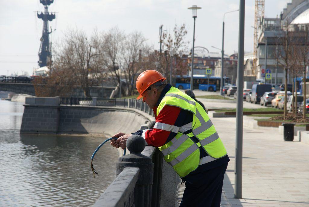 установка плавающих фонтанов набережная