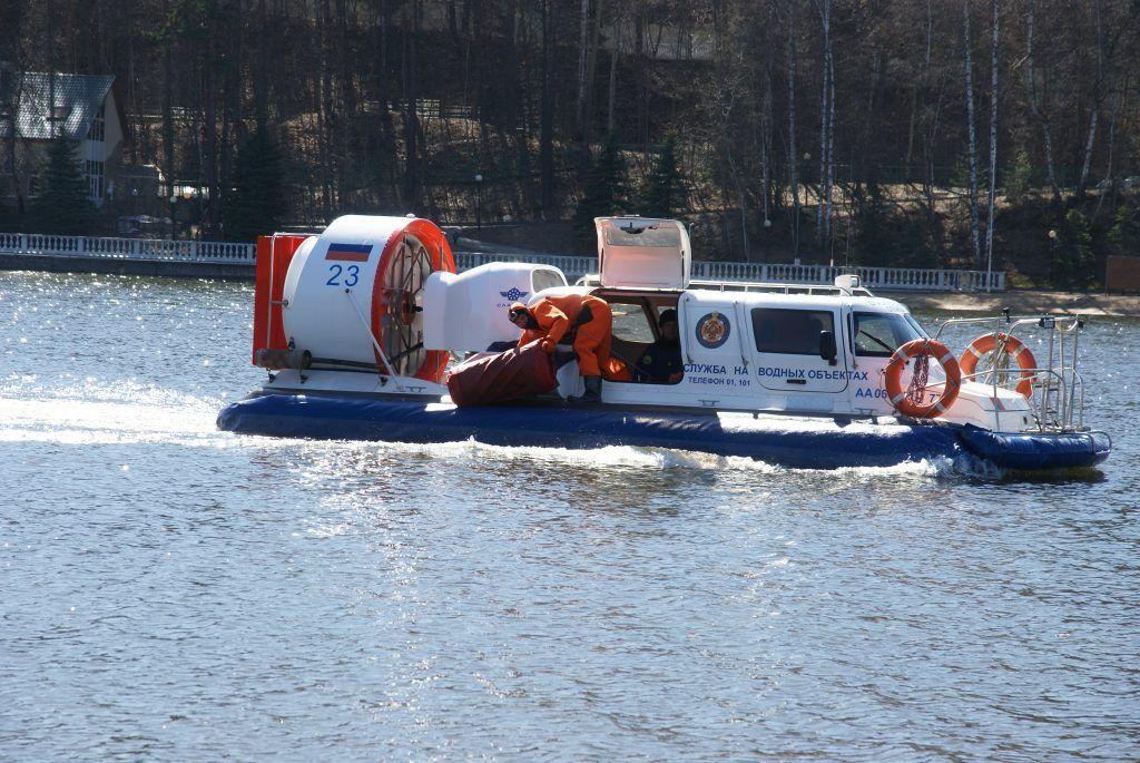 спасательная служба катер