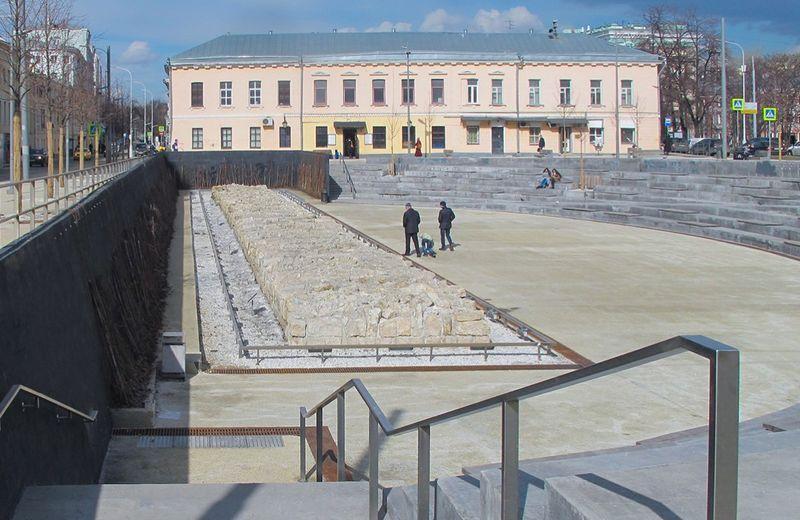 стена Белого города