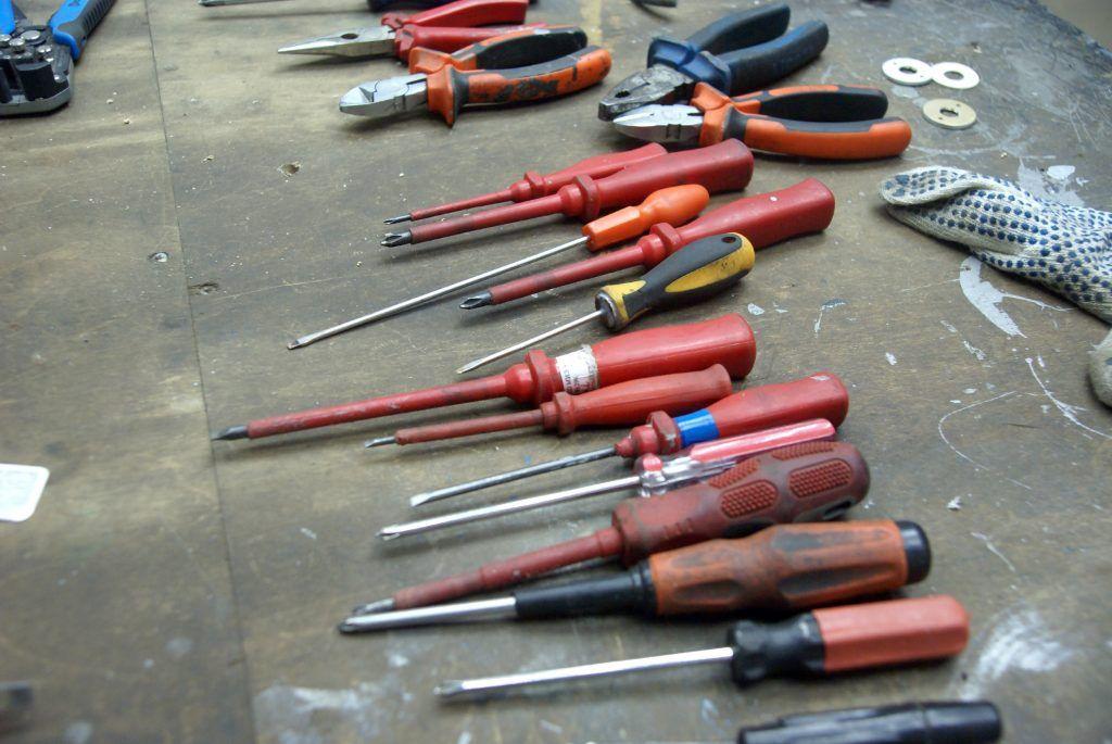 инструменты отвертки
