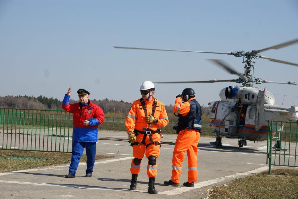 спасатели МАЦ вертолет