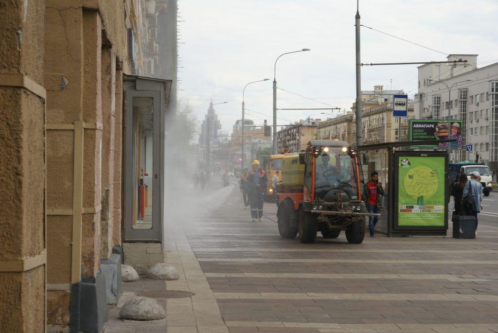 промывка дорог и фасадов