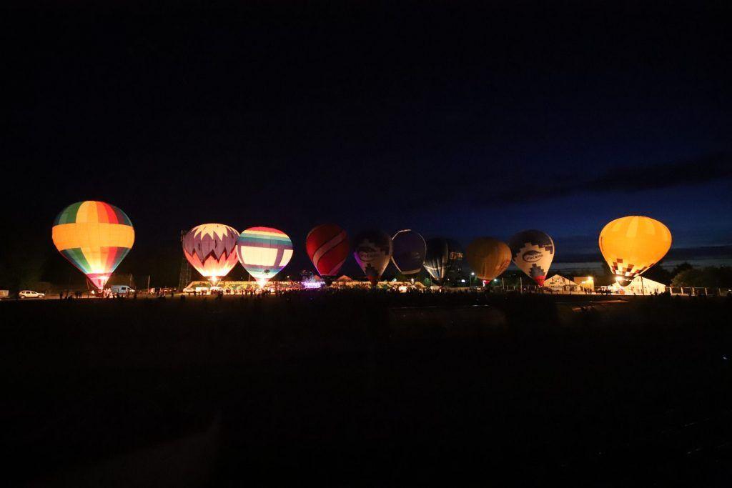 воздушные шары Ночное свечение аэростатов