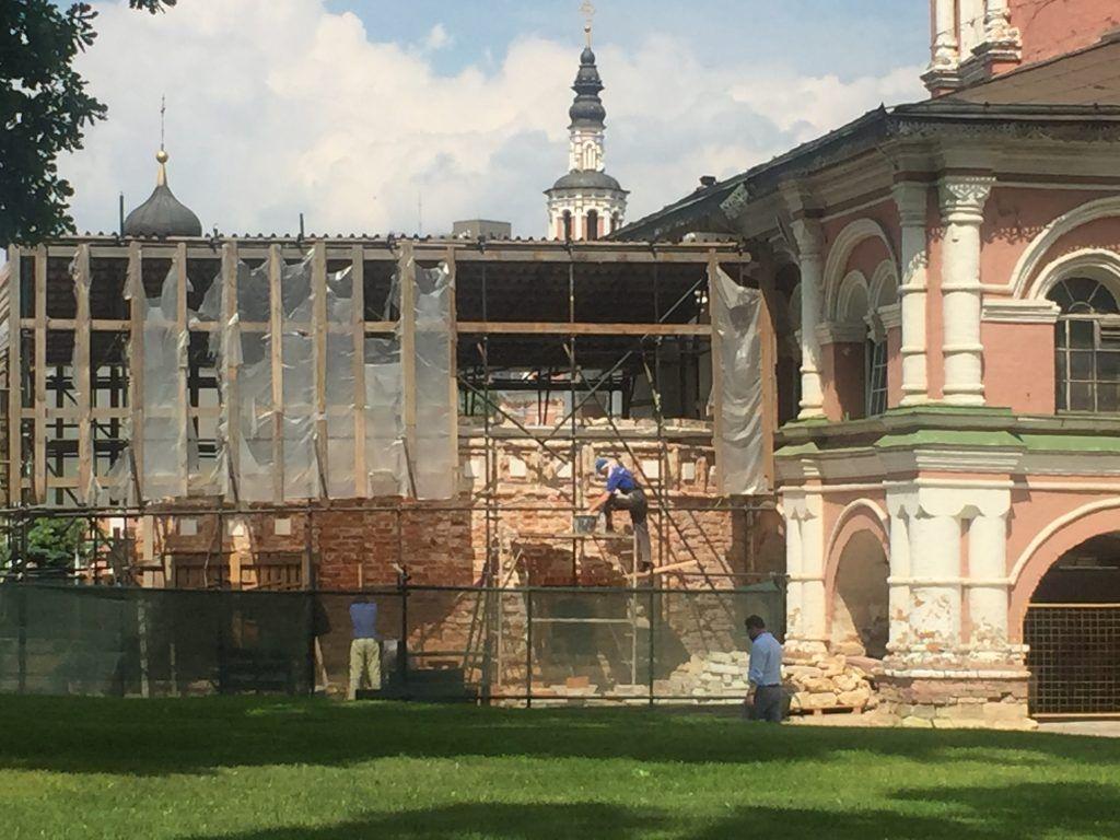 Донской монастырь реставрация благоустройство рабочие