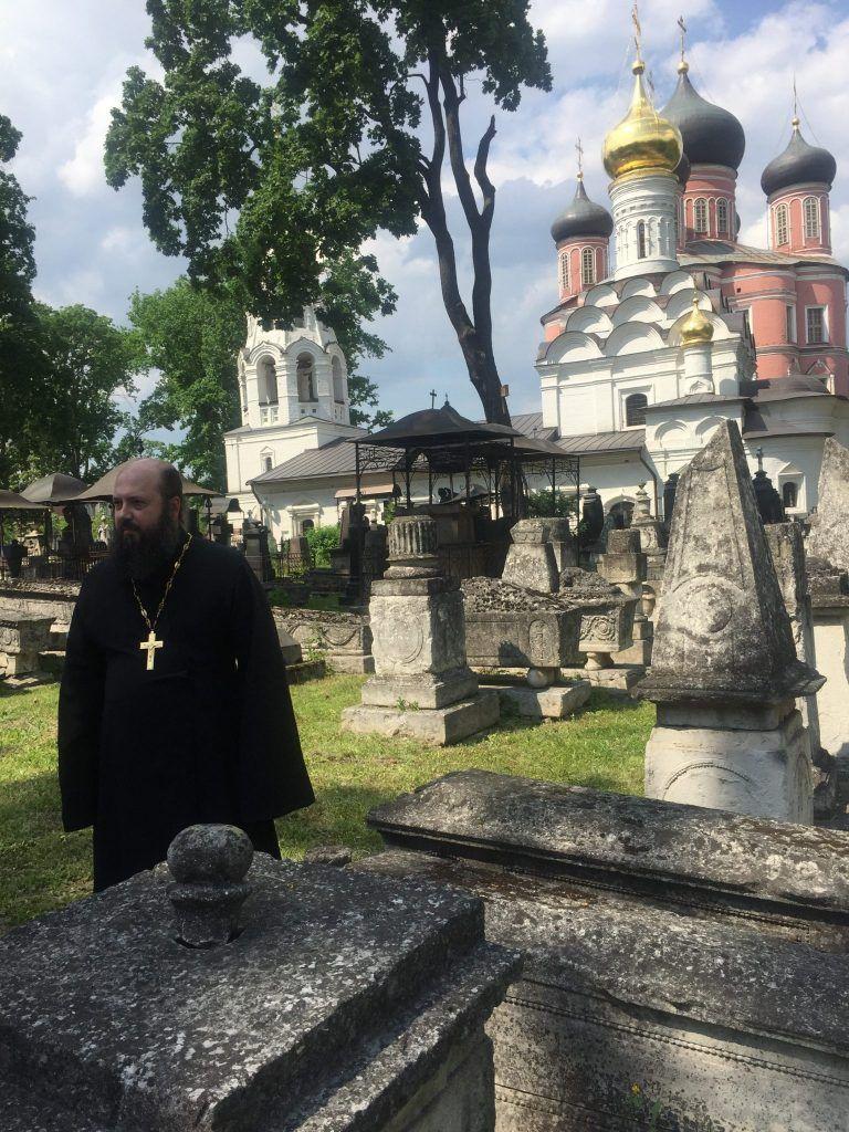 Донской монастырь реставрация благоустройство священник