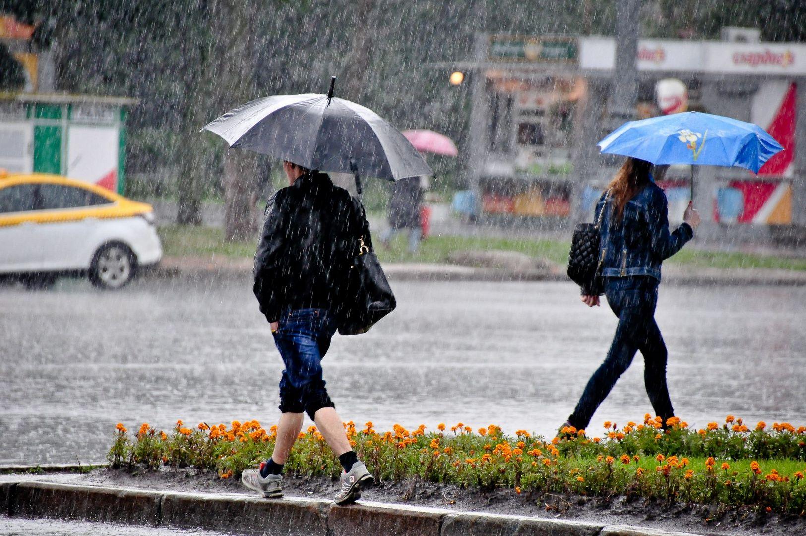прохлада и дожди
