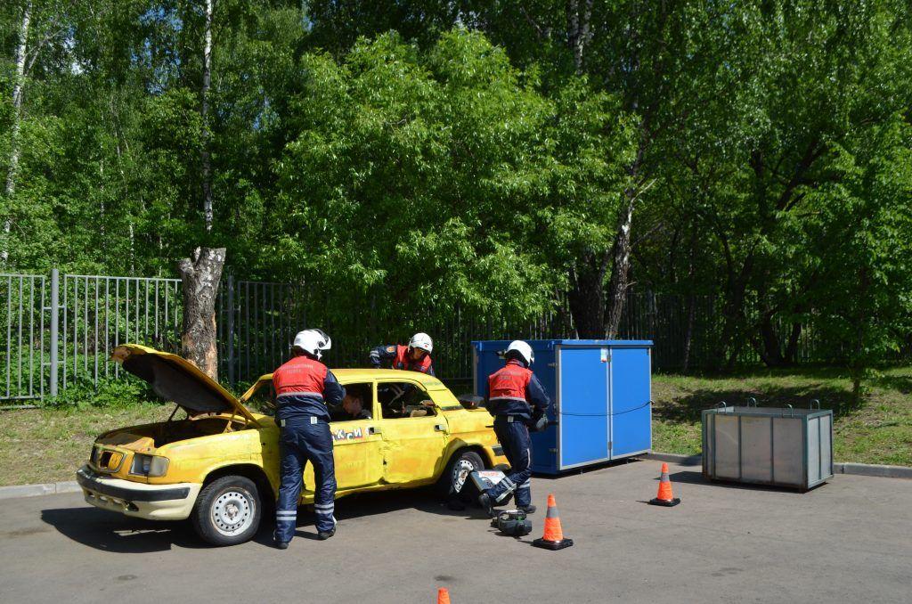 ДТП машина спасатели