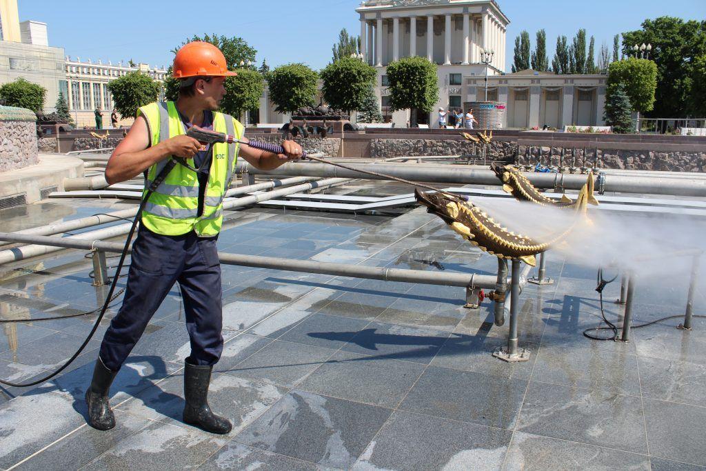 фонтан Дружбы народов промывка фонтанов ВДНХ