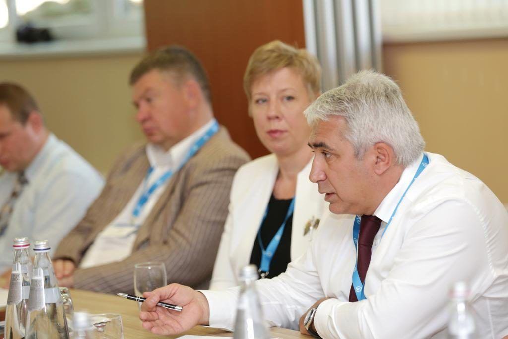Гасан Гасангаджиев заседание Совета Межреспубликанской ассоциации делового и научно-технического сотрудничества газовых хозяйств мосгаз