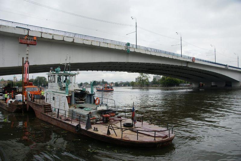 ремонт моста, баржа, река, Автозаводский мост