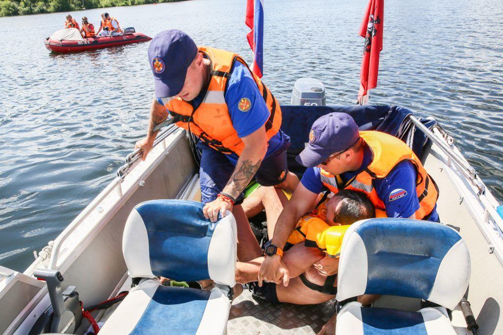 спасатели пруд утопающий