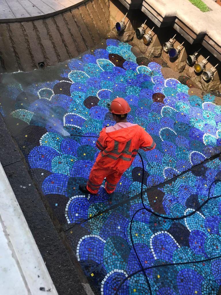 Фонтан «Река Неглинная» фонтан промывка фонтана Манежная площадь ГБУ Гормост