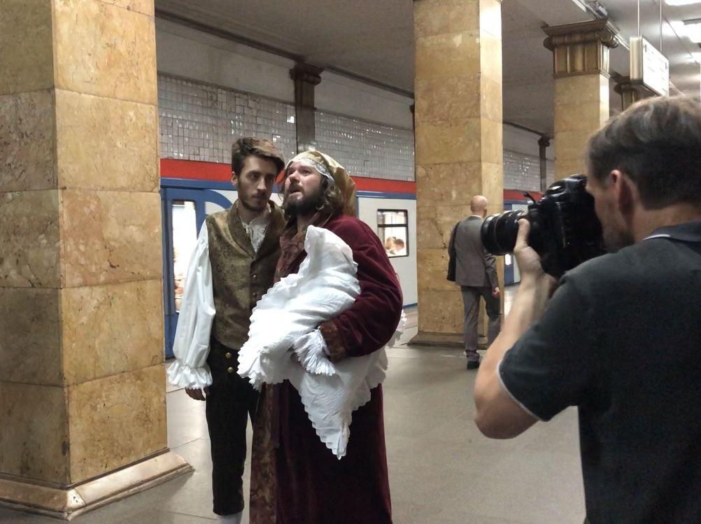 метро Парк Культуры театр актеры