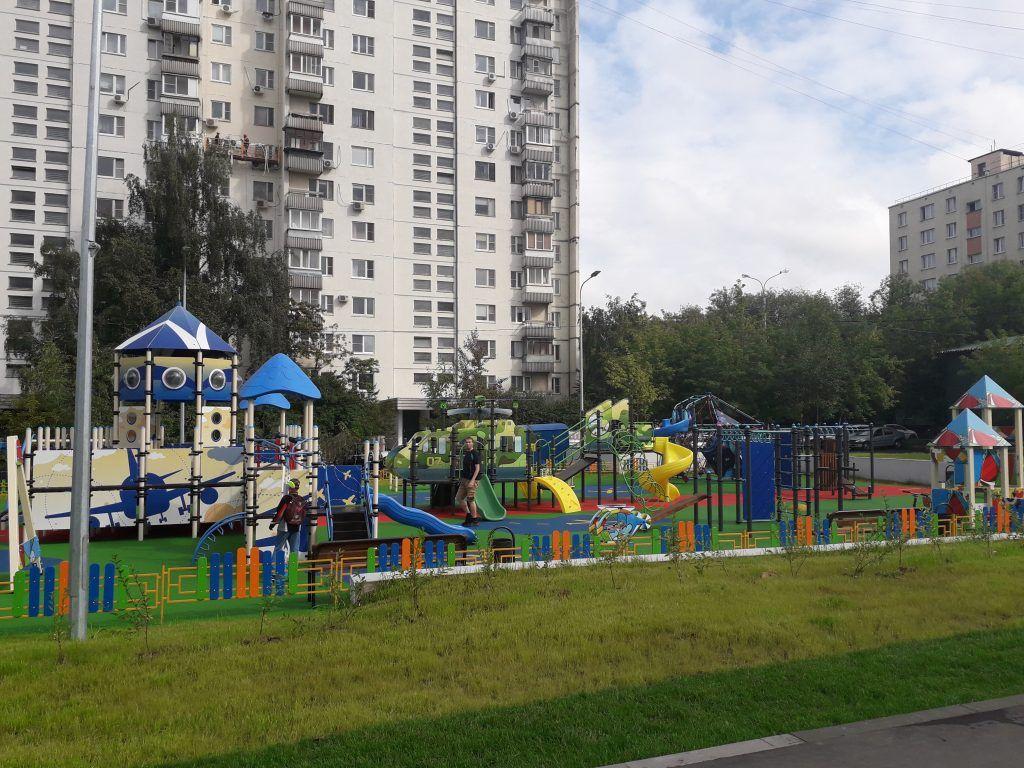 благоустройство, детская площадка, резиновое покрытие