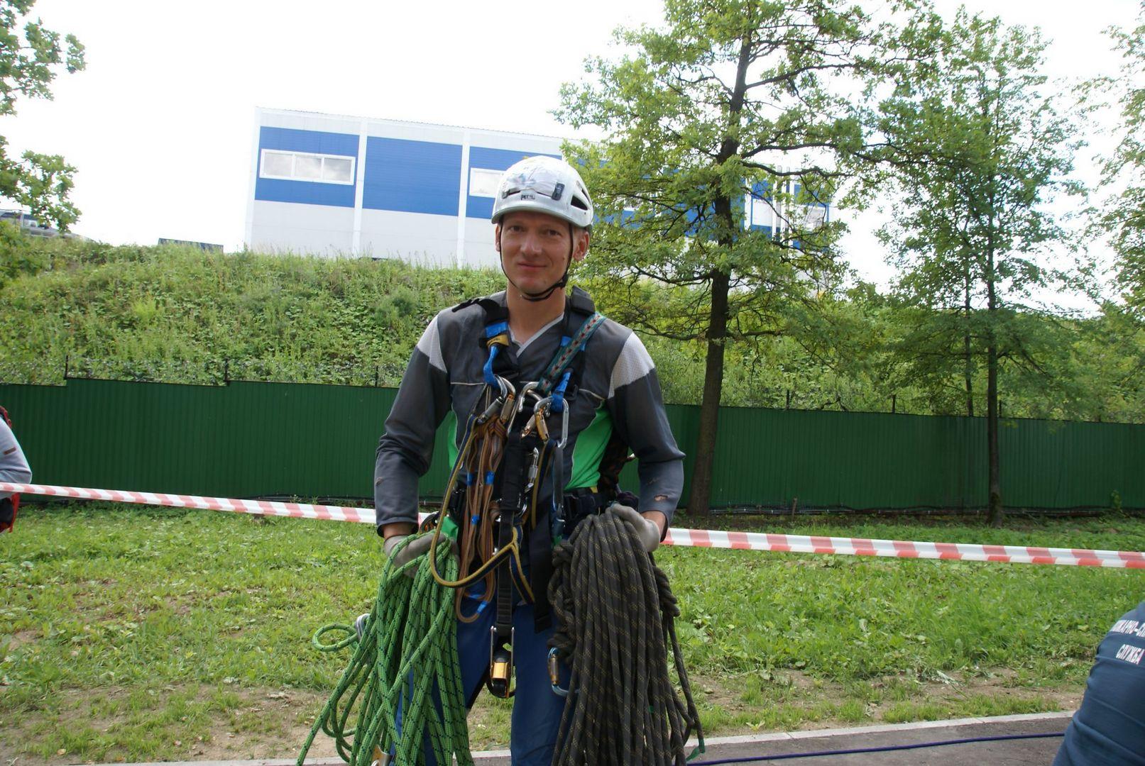 альпинист, спасатели, конкурс, лучший спасатель, спасатели Москвы, департамент ГО ЧС, первая помощь,