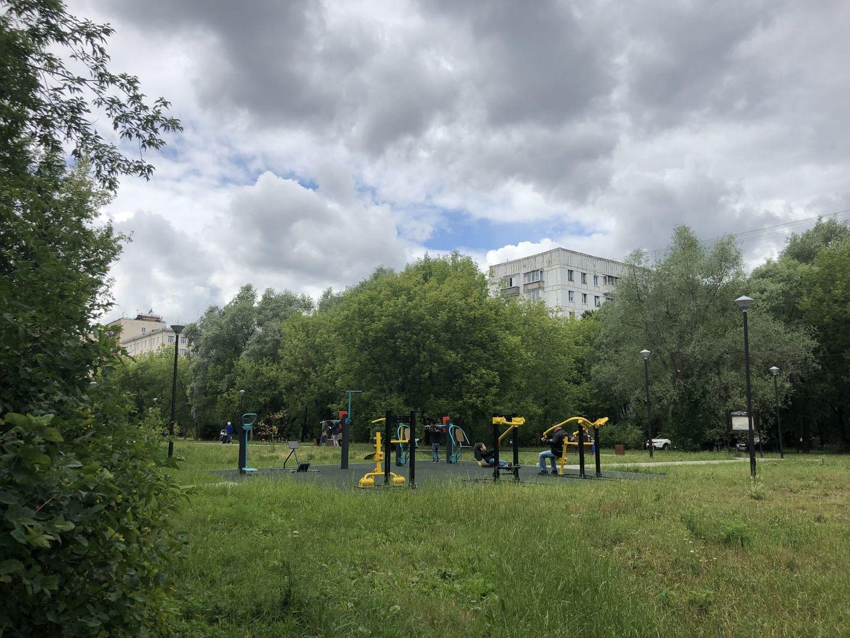 воркаут-площадка, Сквер Молодожёнов