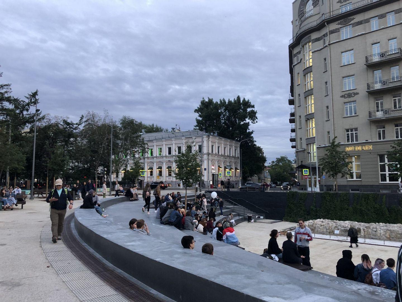 яма на Хохловской площади