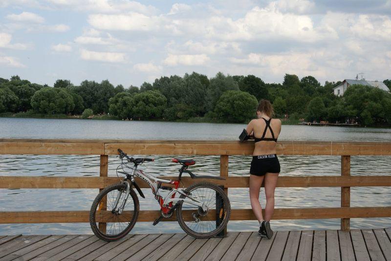 велосипед, набережная, девушка