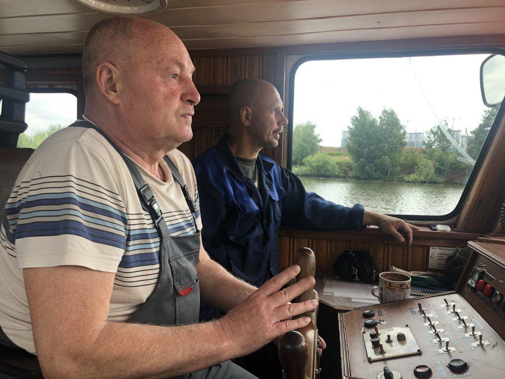 водолазное судно «Скат», река, каюта