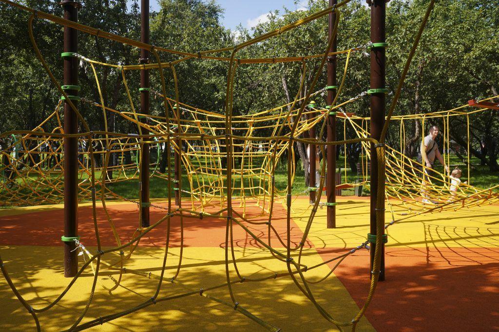 благоустройство, яблоневый сад, мой район, детская спортивная площадка