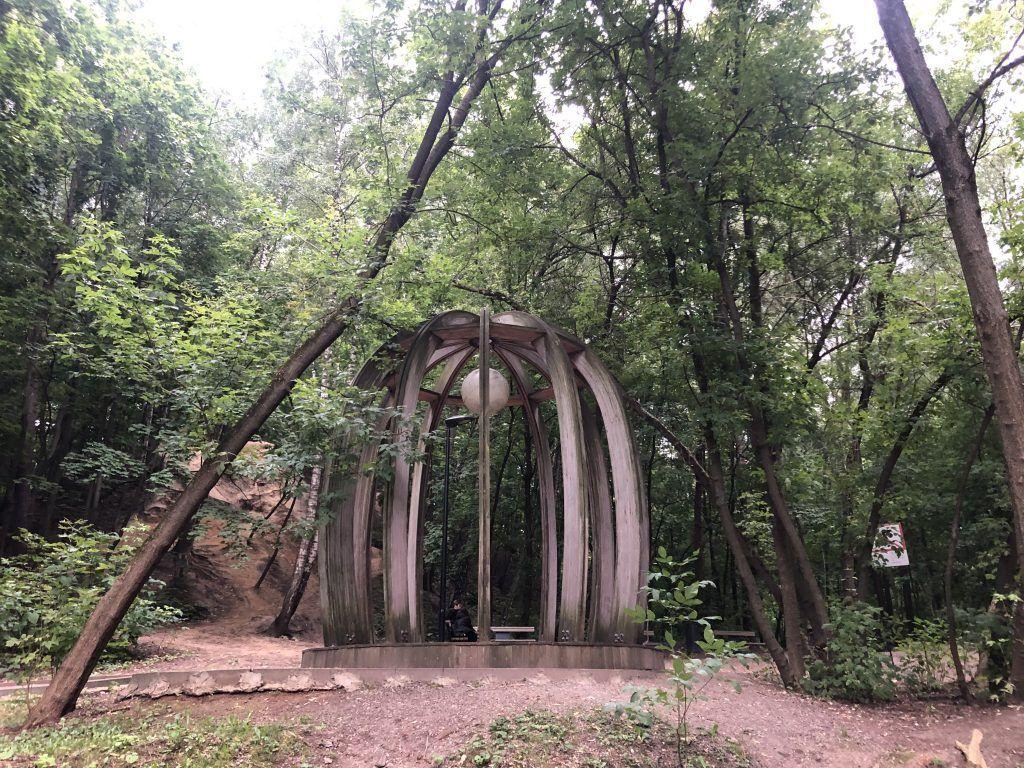 Беседка, нескучный сад, лес