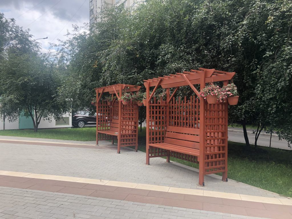 скамейки, благоустройство, Болотниковская улица