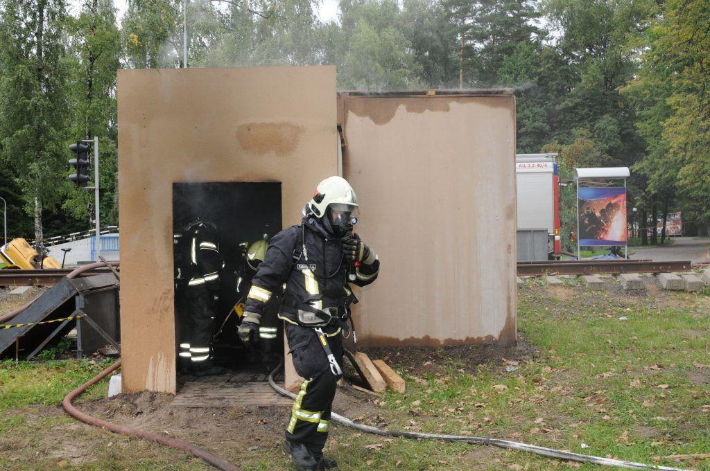 спасатели МЧС, Апаринки, пожар, пожарные