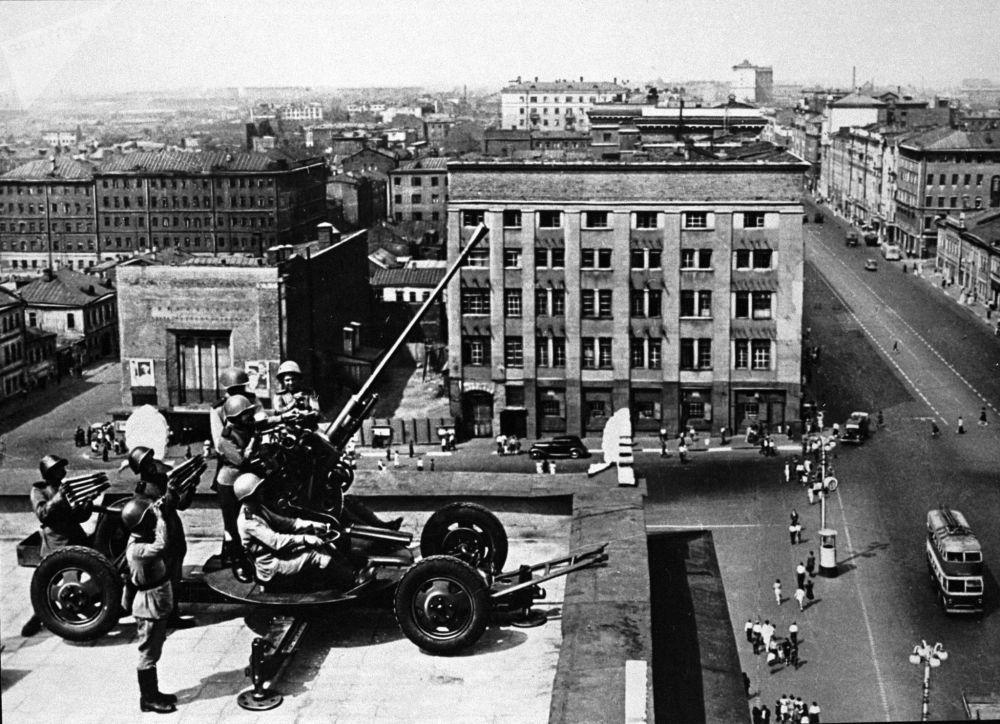старая Москва, солдаты