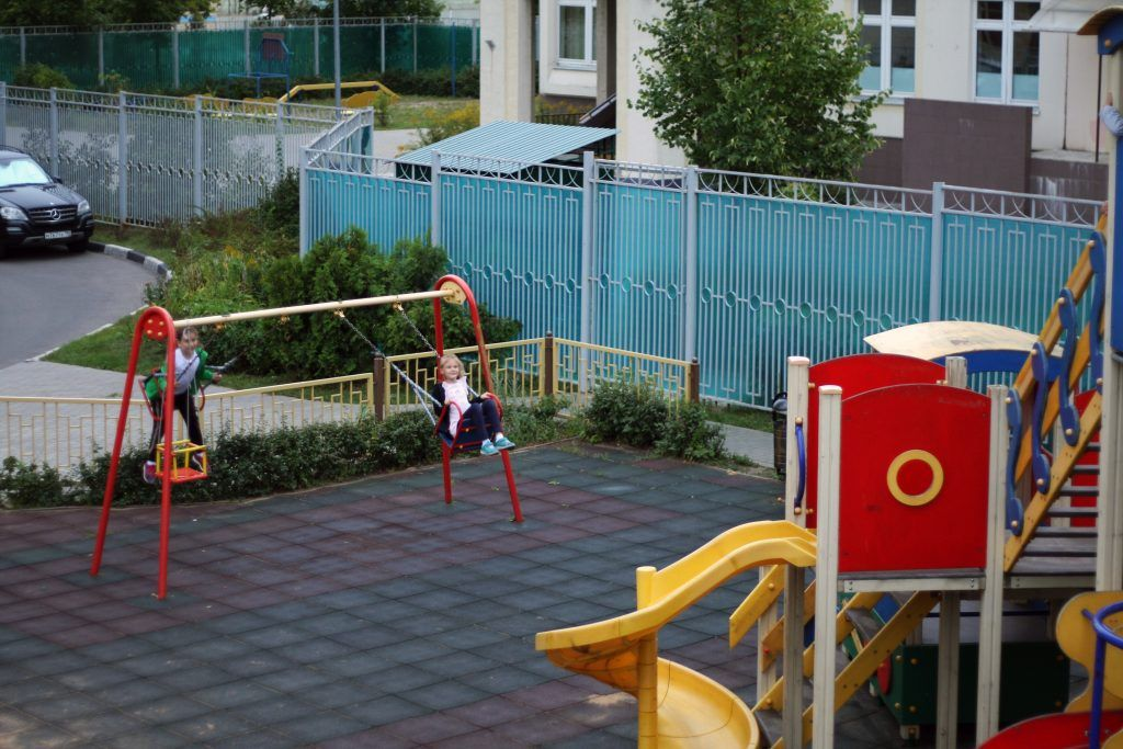 благоустройство, Строгино, детская площадка, горка, качели