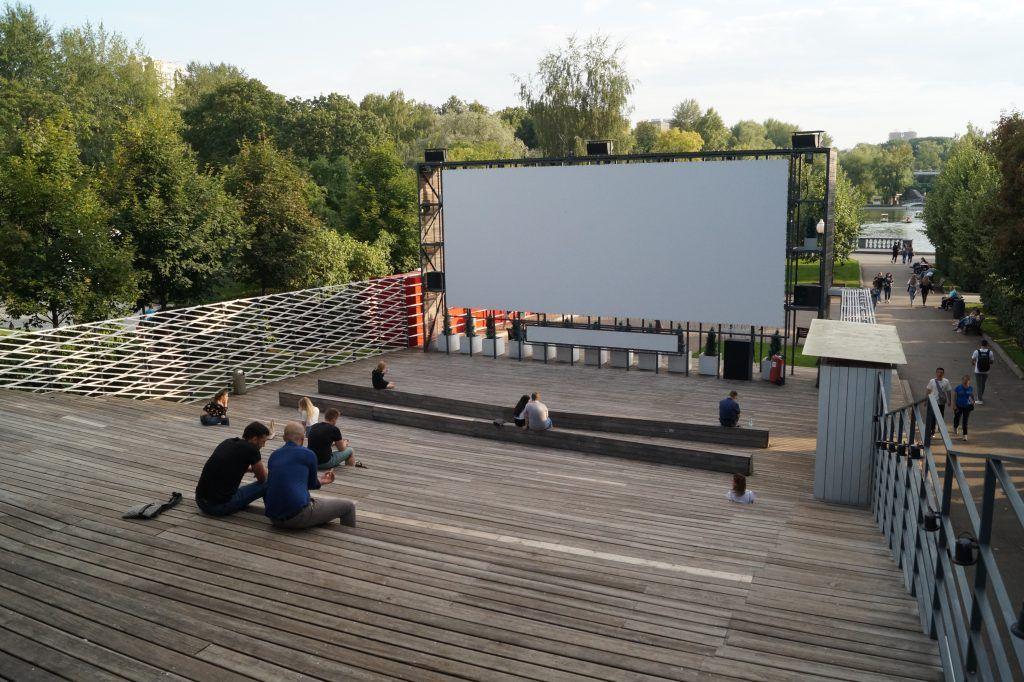 кинотеатры, парки Москвы