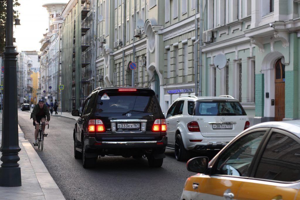 Большой Козихинский переулок, тротуар, асфальт, благоустройство