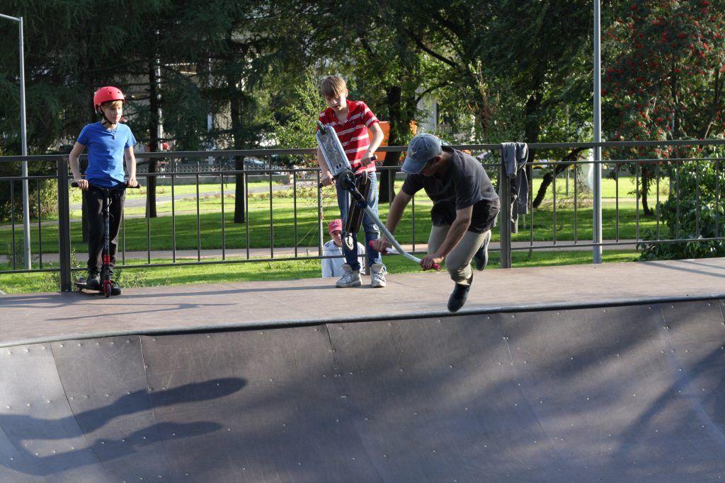 Крылатское, Осенний бульвар, благоустройство, дети, самокаты, спортплощадка,скейт-площадка