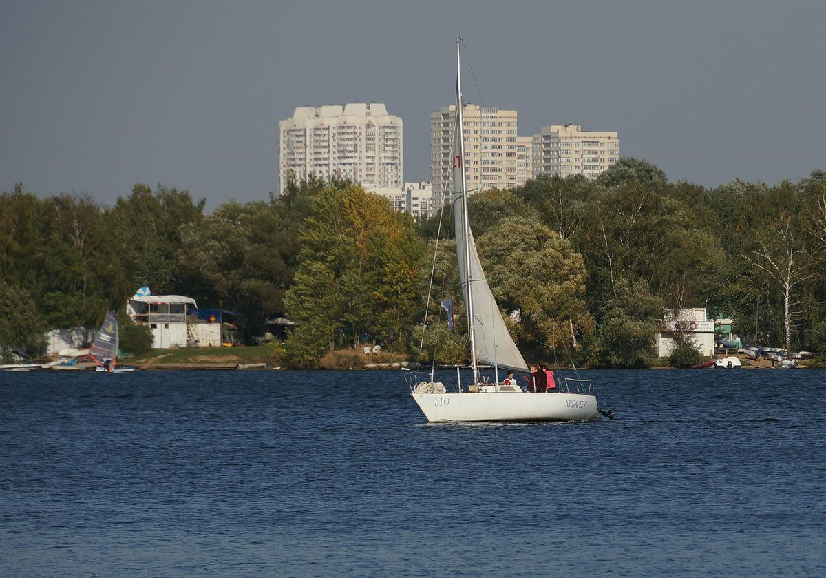 яхта Строгино
