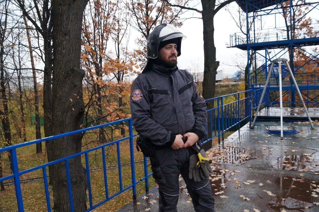Антон Афанасьев, Пожарно-спасательный центр, Апаринки