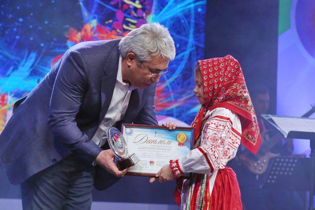 фестиваль МОСГАЗ зажигает звезды, Мосгаз. Гасан Гасангаджиев