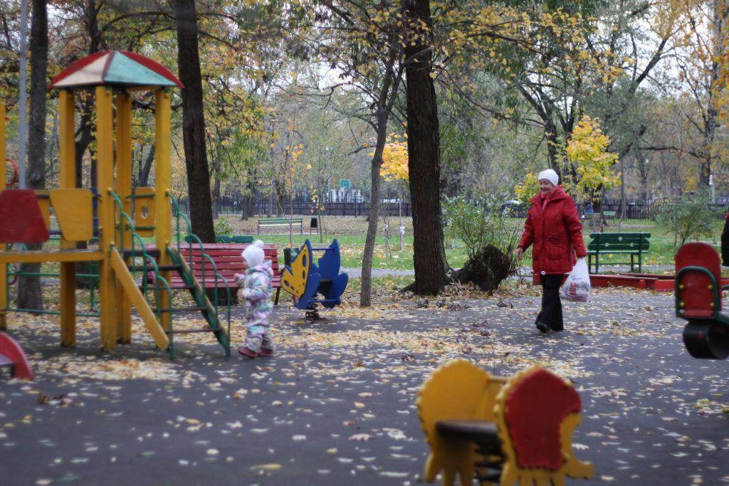 благоустройство, Красный Казанец, детская площадка, горка, качели, мой район