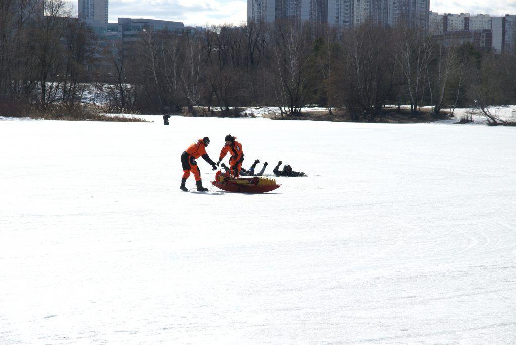 спасатели, поисково-спасательная техника