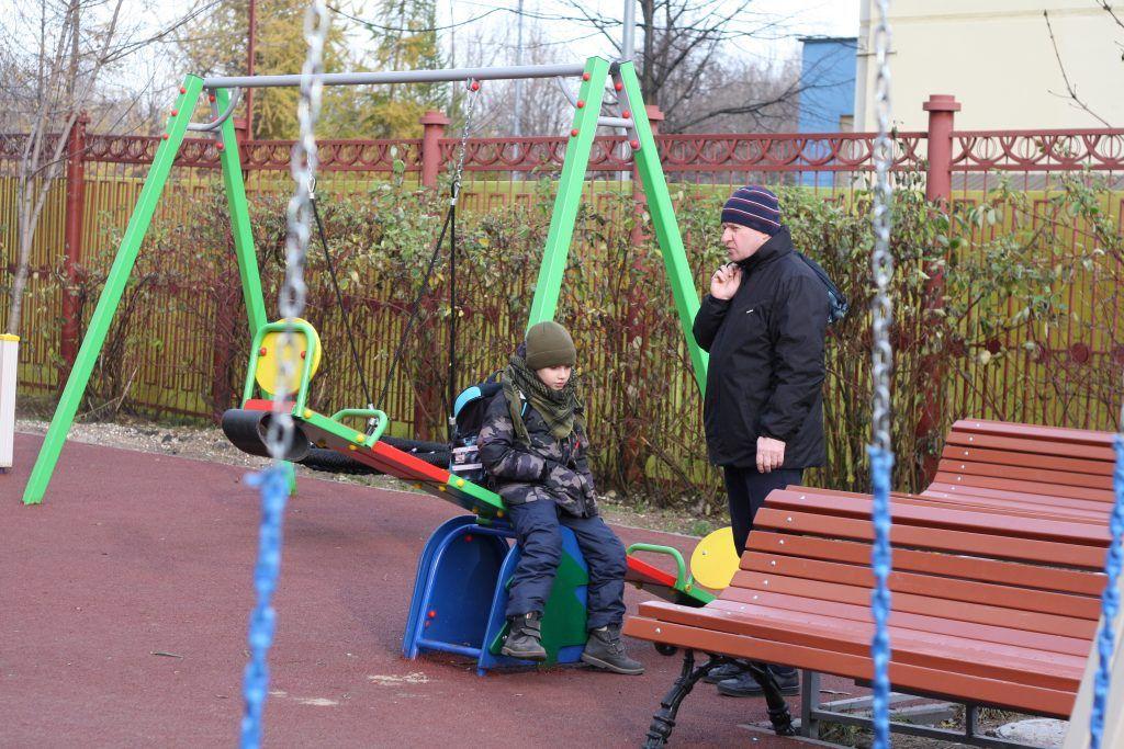 детская площадка, дети, благоустройство, Митино, качели